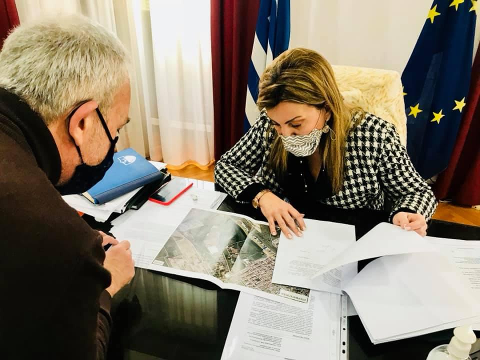 Συνάντηση εργασίας της Διευθύντριας του Γραφείου Πρωθυπουργού στη Θεσσαλονίκη Μαρίας Αντωνίου με τον Δήμαρχο Δέλτα Γιάννη Ιωαννίδη