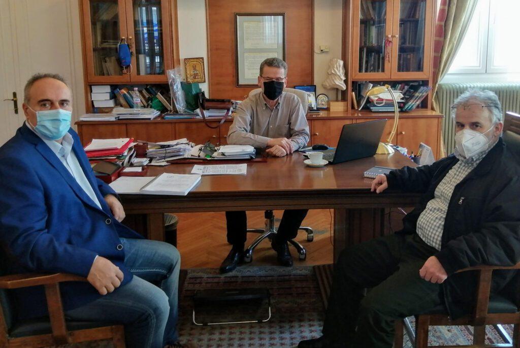 Συνάντηση με το προεδρείο του Εργατοϋπαλληλικού Κέντρου Ν. Κοζάνης είχε ο δήμαρχος Κοζάνης Λάζαρος Μαλούτας, για να συζητήσουν μείζονα ζητήματα που απασχολούν τους εργαζόμενους.