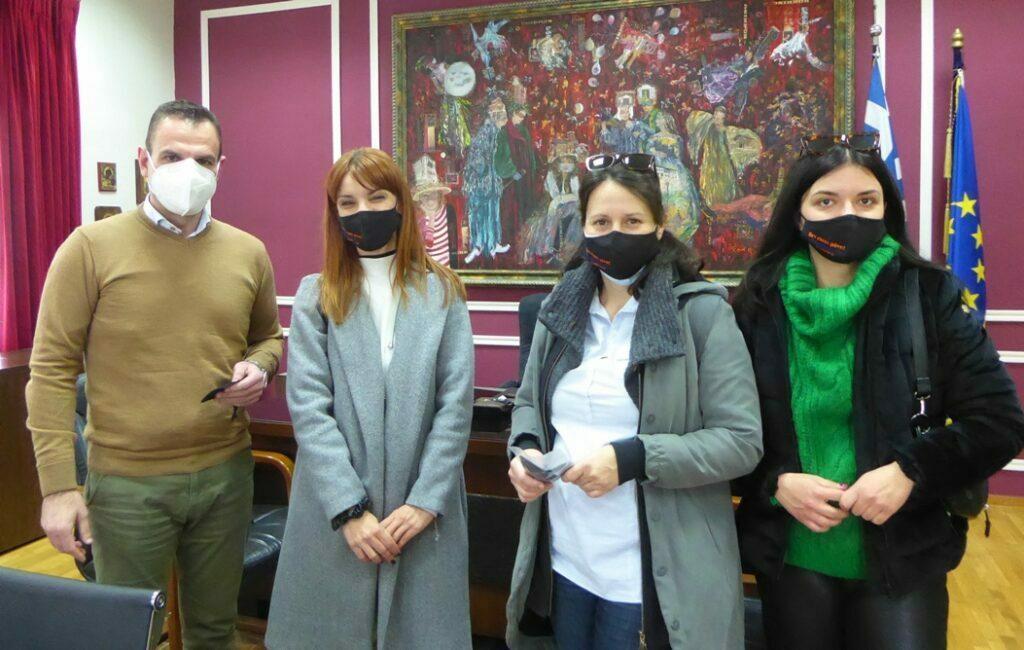 Παγκόσμια Ημέρα Γυναίκας Η συμβολική πρωτοβουλία του Κέντρου Συμβουλευτικής Γυναικών  του Δήμου Καστοριάς