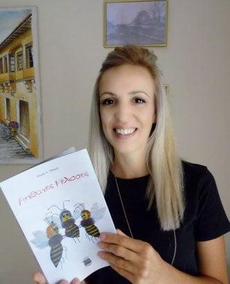 """Συνέντευξη με τη συγγραφέα παιδικού βιβλίου Μαρία Α. Μακρή """"Απίθανες Μέλισσες"""""""
