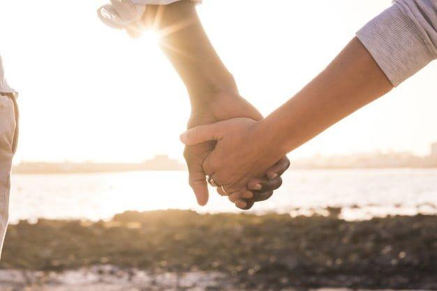 Οι ερωτικές σχέσεις του σήμερα της Μαρίας Σκαμπαρδώνη