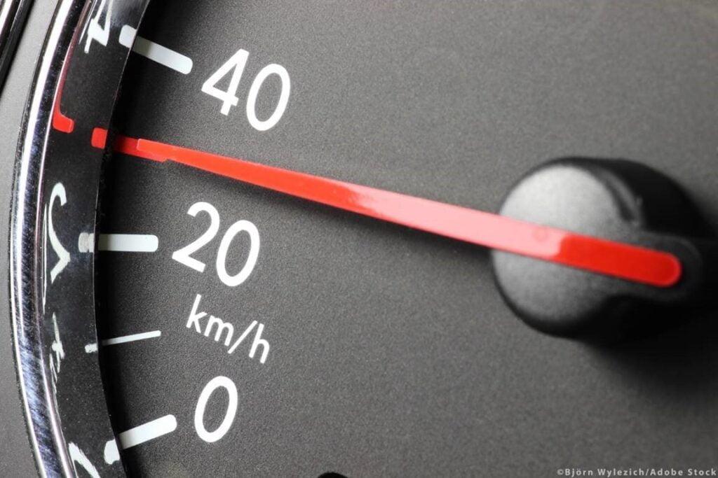 «Καμπανάκι» από το Κοινοβούλιο για την οδική ασφάλεια